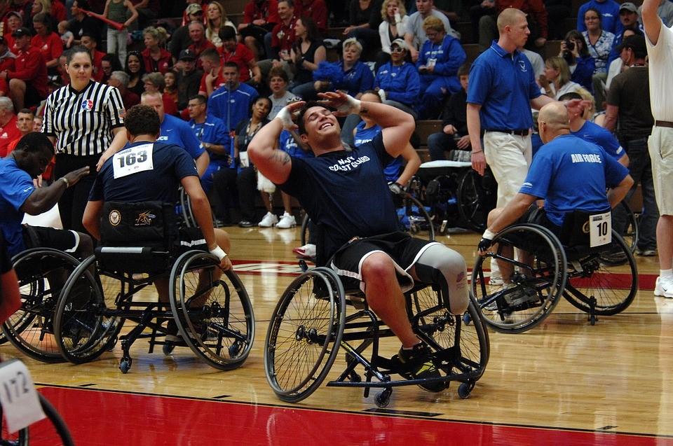 personas-con-discapacidad-jugando