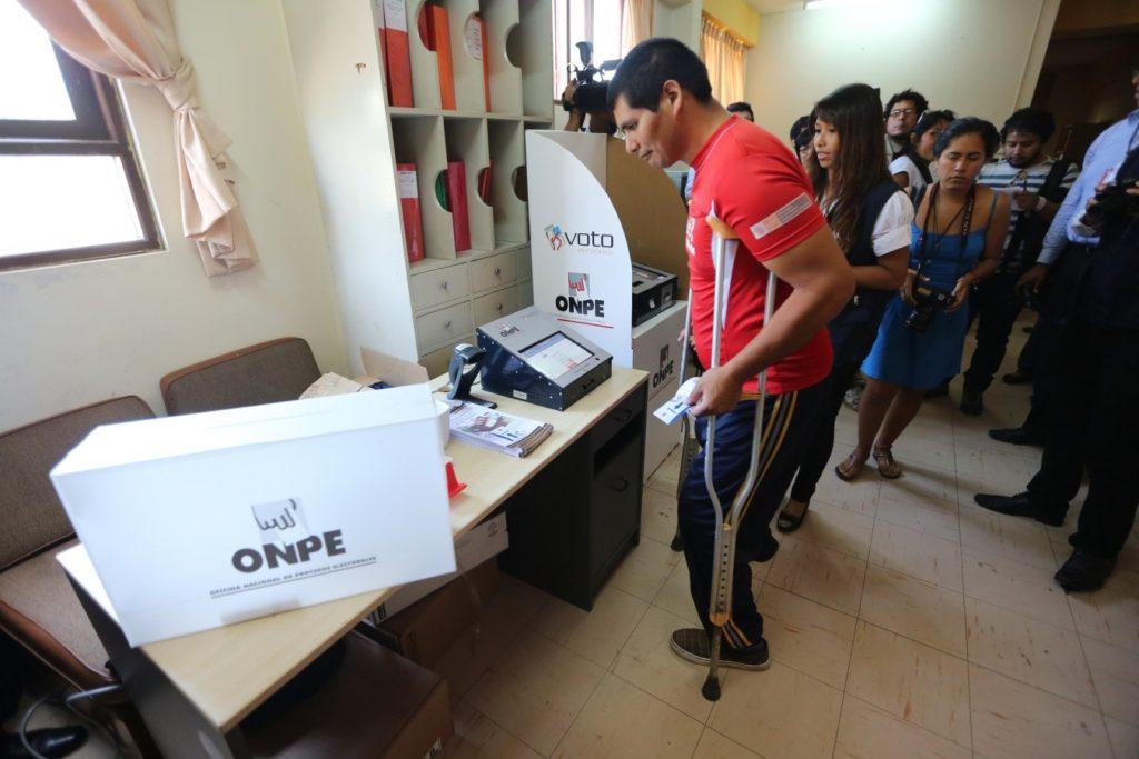 derechos de personas con discapacidad inclusión trabajo ayuda 2017 leyes reforma