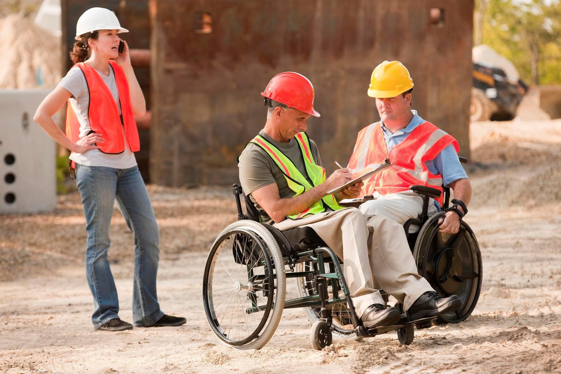 amigo con discapacidad apoyo ayuda discapacidades inclusión inclusivo