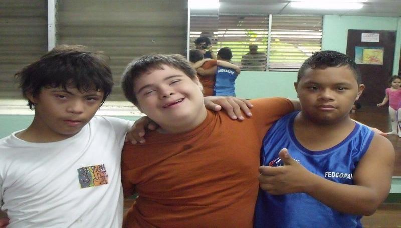 Olimpiadas para personas con Síndrome de Down discapacidad discapacitado incluyeme