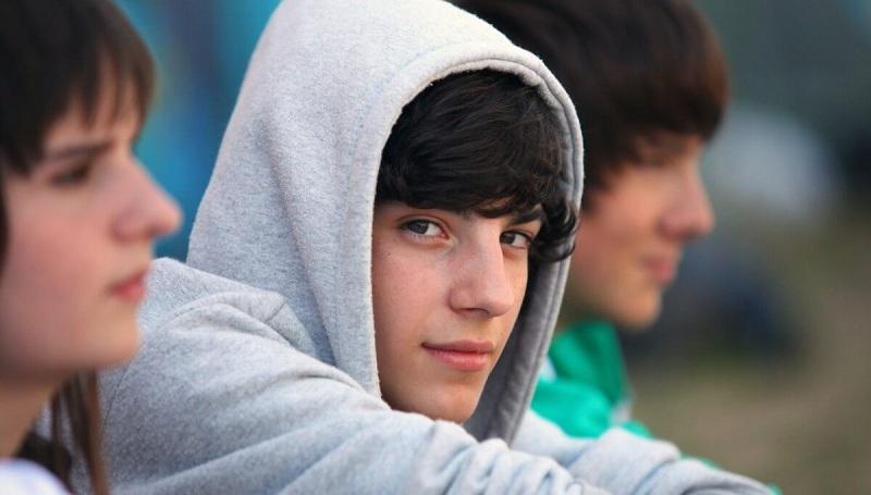 adolescente con Síndrome de Asperger cuidados instrucciones inclusión ayuda apoyo