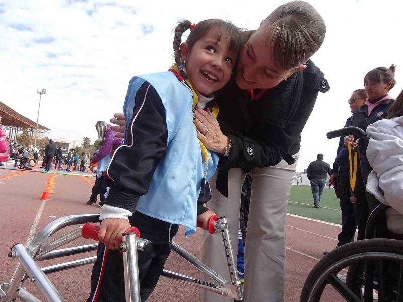 personas con discapacidades múltiples discapacidad apoyo ayuda inclusivo