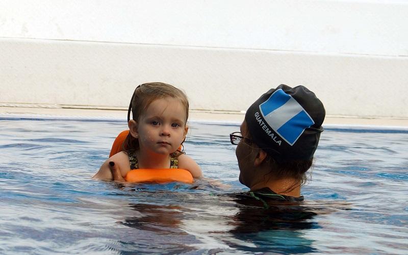 piscina pública discapacitado niños personas con autismo